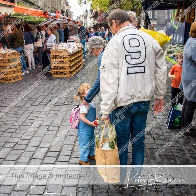 Peter-Roovers-Opdracht-7-De-Markt-NB-4820-1570539828935